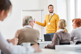 Dozent im Business Consulting Seminar