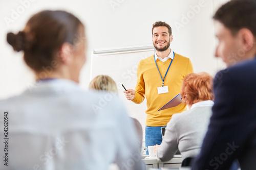 Sticker Mann als Redner und Dozent