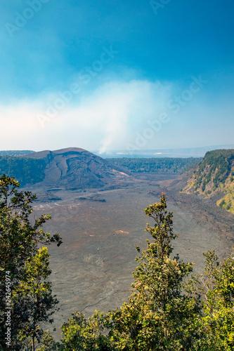 キラウエア・イキ溶岩湖、ボルケーノ、ハワイ島
