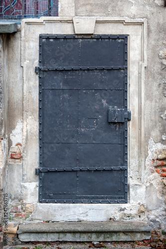 obraz lub plakat Iron door in Jewish section of Vienna, Austria