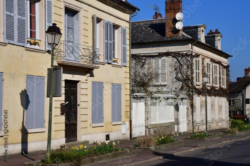 Foto Murales Magny en Vexin; France - april 3 2017 : historical centre of the city