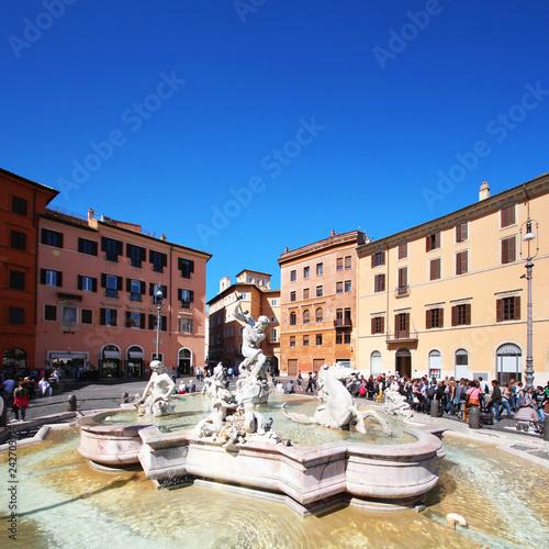 Italie / Rome - Piazza Navona - 242705914