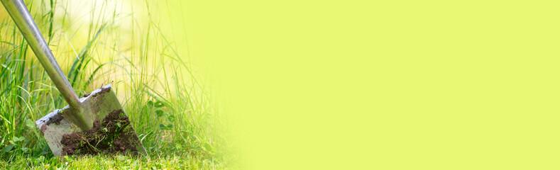 Spaten in der Erde, Spatenstich  - Panorama, Hintergrund © Floydine