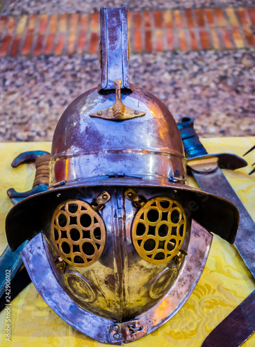 Foto Murales Cascos de gladiadores