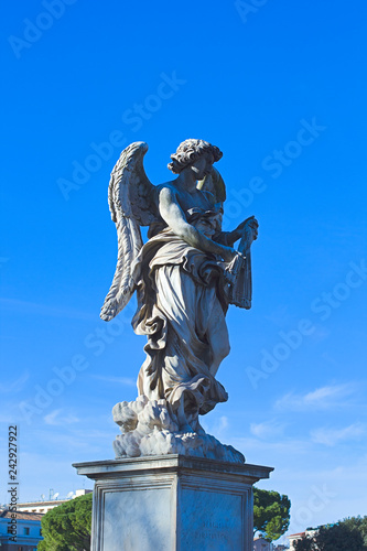 obraz lub plakat Statue of an angel