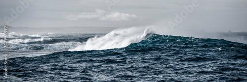 Leinwandbild Motiv Waves of emotion