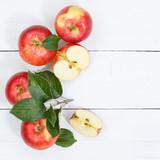 Äpfel Apfel Frucht Früchte Obst von oben Quadrat Herbst Textfreiraum Copyspace - 243021114