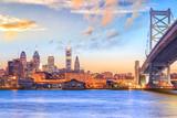 Fototapeta Fototapety pomosty - Philadelphia skyline at sunset © f11photo