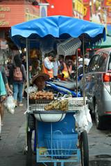 Marktszenen und Strassenverkäufer in Thailand