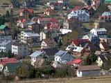 Cottage district in southern Poland. Krynica-Zdroj. - 243089975