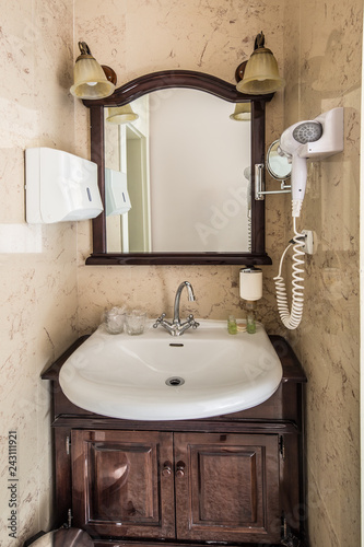 Foto Murales bathroom sink cabinet