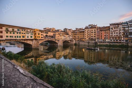 Foto Murales Ponte Vecchio over Arno river in Florence, Italy