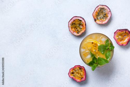 lemonade with passion fruit - 243153388