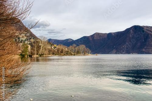 Panorama sul lago di Lugano in Svizzera