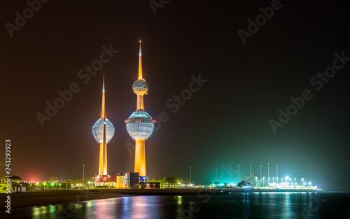 Leinwanddruck Bild View of the Kuwait Towers at night