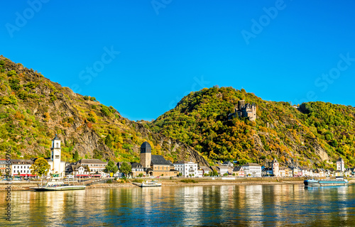 Leinwandbild Motiv Katz Castle above Sankt Goarshausen town in the Rhine Gorge, Germany