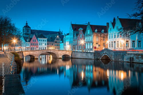 Leinwanddruck Bild Historic city of Brugge at twilight, Flanders region, Belgium