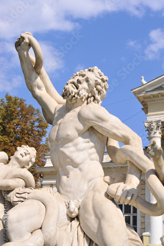 Elements of Laocoon sculpture in ancient mythology. Story. Art
