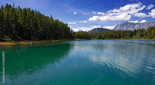 Atlin Lake in Kanada