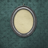 Wooden vintage silver victorian tondo frame for museum exhibition - 243617371
