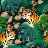 Tropical seamless pattern with tiger. Animal background. Vector illustration - 243704948