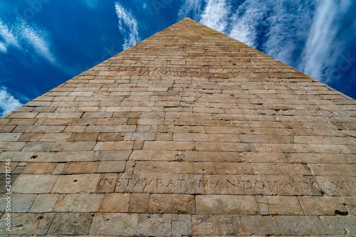 obraz PCV Pyramid of Cestius in Rome