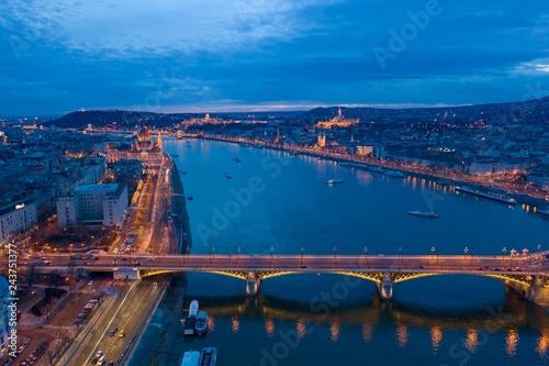 mata magnetyczna Night panorama of Budapest Hungary