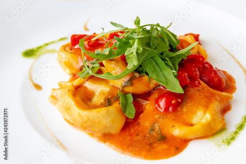 Sticker Frische Pasta mit Tomatensauce