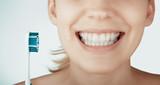 Woman's teeth - 244019338