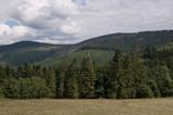 Fototapeta  - Górski pejzaż © amadeusz