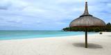 plage mauricienne à l'île aux cerfs