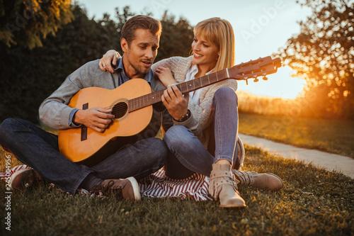 Making sweet music - 245004956