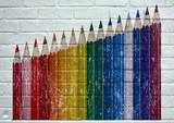Street art. Crayons de couleur