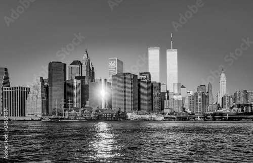 Foto Murales twin towers in New York in sunset