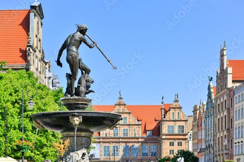 fototapeta na ścianę Gdansk Dluga Street and Neptun Fountain