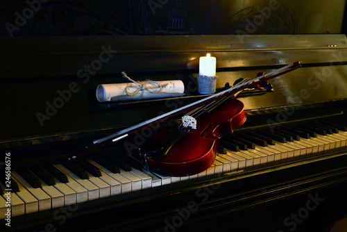 two violins and piano.two violins and piano - 246586576
