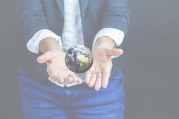 Unsere Erde - sehr klein und schützenswert. Für uns Alle!