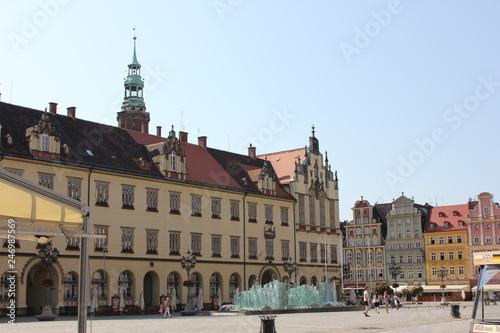 fototapeta na ścianę The old buildings around the Market Square in Wrocław, Poland (Rynek we Wrocławiu, Großer Ring zu Breslau) is a medieval market square in Wrocław