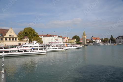 canvas print picture Hafen in Lindau mit Mangturm
