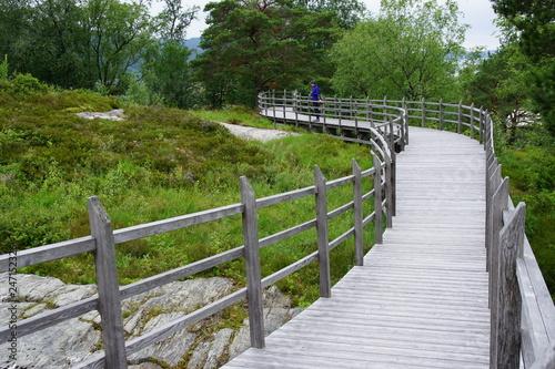 Norwegen um die Insel Runde / Alesund - 247152326