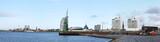 Bremerhaven, Panorama an der historischen Mole von der Skyline und den Häfen
