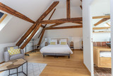 Large modern Beddroom suite and breakfast guest under-roof - 247661304