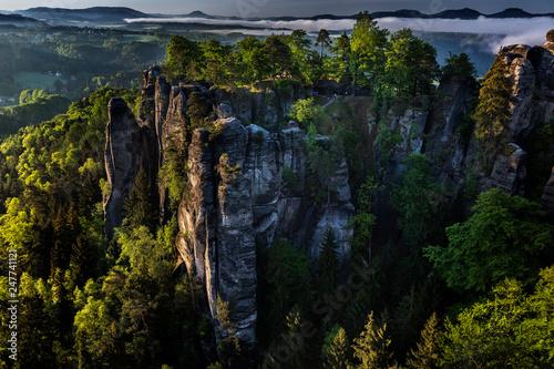 Leinwanddruck Bild Bastei bei Rathen, Felsenbuehne, Nationalpark Saechsische Schweiz, Elbsandsteingebirge, Sachsen, Deutschland