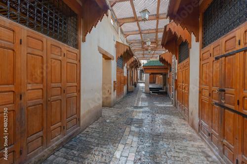 fototapeta na ścianę Market Bazaar street - souk in Fez