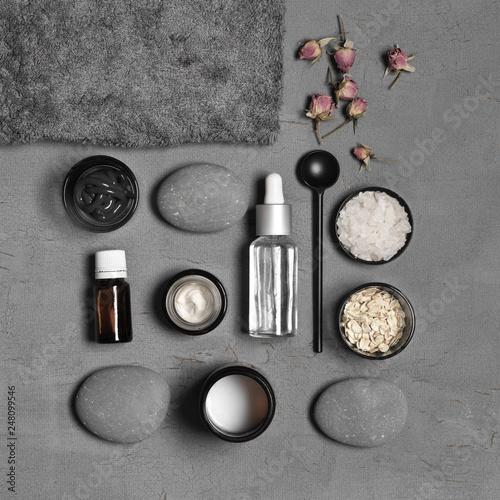 Leinwandbild Motiv Natural organic cosmetics on grey
