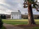 vue du château du parc de Bagatelles dans le Bois de Boulogne à Paris - 248288354