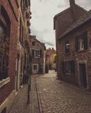 Schöne Straßen und Wege der Efiel