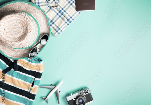 Foto Murales Summer Travel Fashion for boys on teal copy space