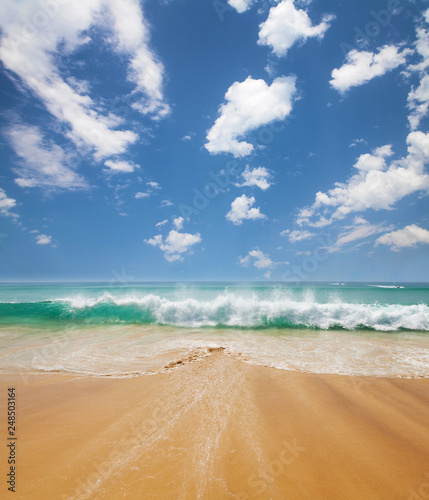Foto Murales Summer beach, tropical sea and blue sky