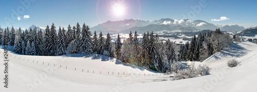 Foto Murales Panorama Landschaft in Bayern bei Füssen im Winter